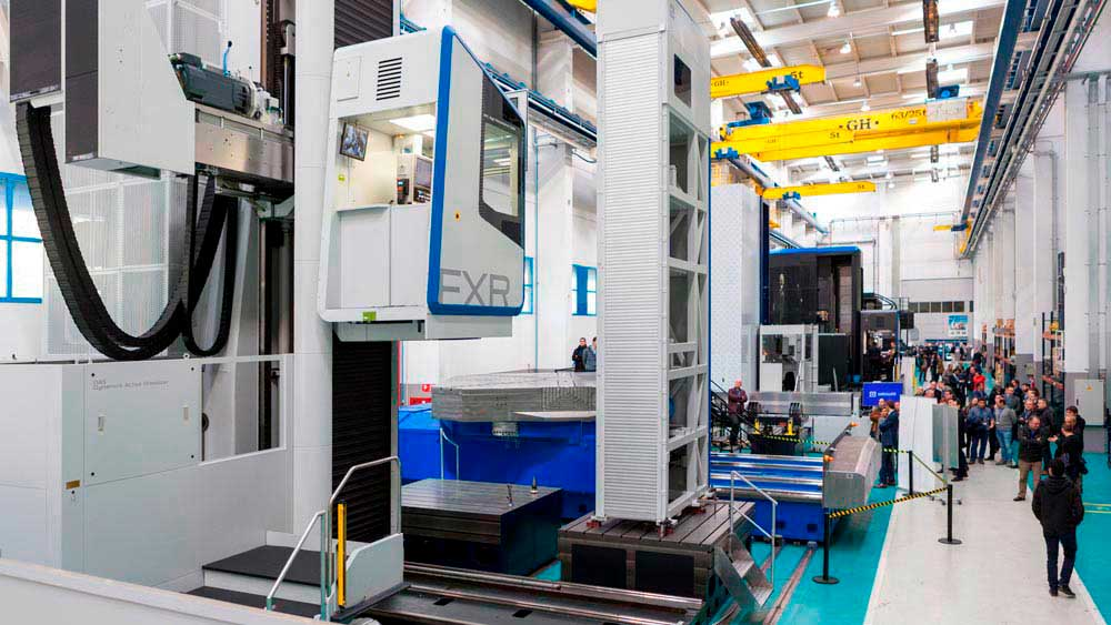 SORALUCE XXL Series Open House, showcasing heavy duty capacity, precision and versatility at a large scale