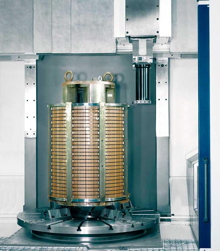 Tornitura di rotori di motori elettrici